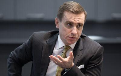 Костянтин Єлісєєв в інтерв'ю DW: Військова авантюра в Україні має дорого обійтися Путіну