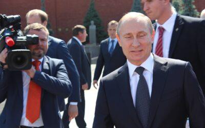 Весняний психоз Путіна: уроки для України